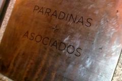Placa - Paradinas